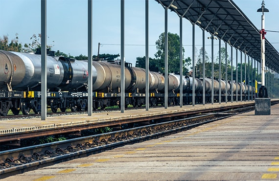 Moving bitumen by rail has become a viable option
